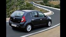Dacia lança Sandero por 5.900 Euros na França - Versão à diesel sai por 8.950 Euros