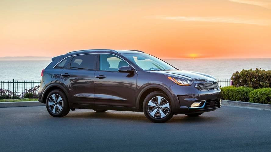 2018 Kia Niro PHEV Starts At $28,840, Goes On Sale Early Next year