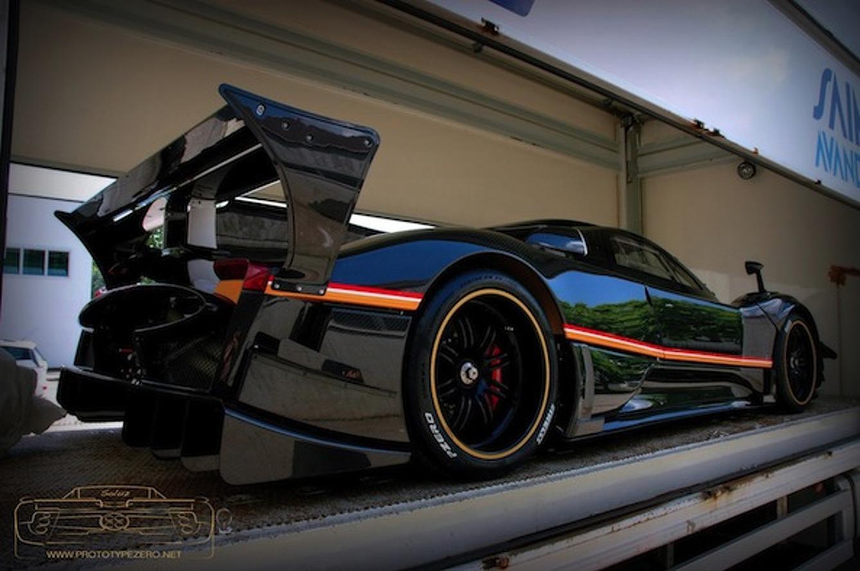 Pagani Preps Exclusive Zonda R Evolution for Delivery
