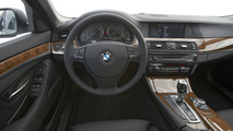 2011 BMW 5-Series Long Wheelbase interior 31.03.2010