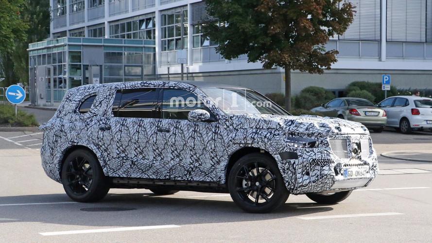 2019 Mercedes GLS Makes Spy Photo Debut
