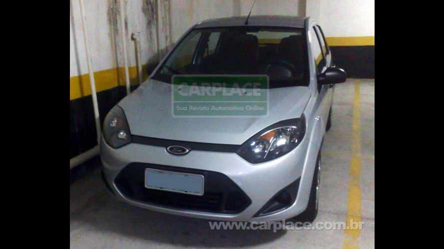 Segredo? Leitor flagra o Novo Ford Fiesta 2011 sem camuflagem em garagem de prédio
