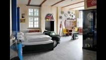 Hotel V8: para quem sonha acordado e dormindo com carros!