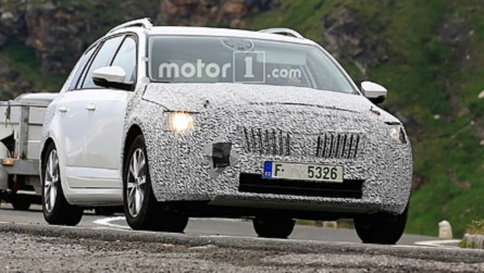 2020 Skoda Octavia Test Mule Spied On The Road