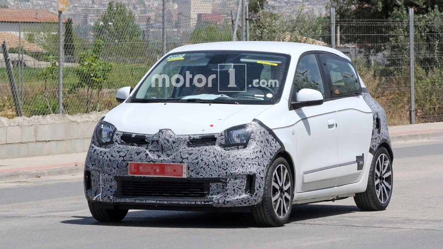 Renault Spied Testing Facelift For Twingo