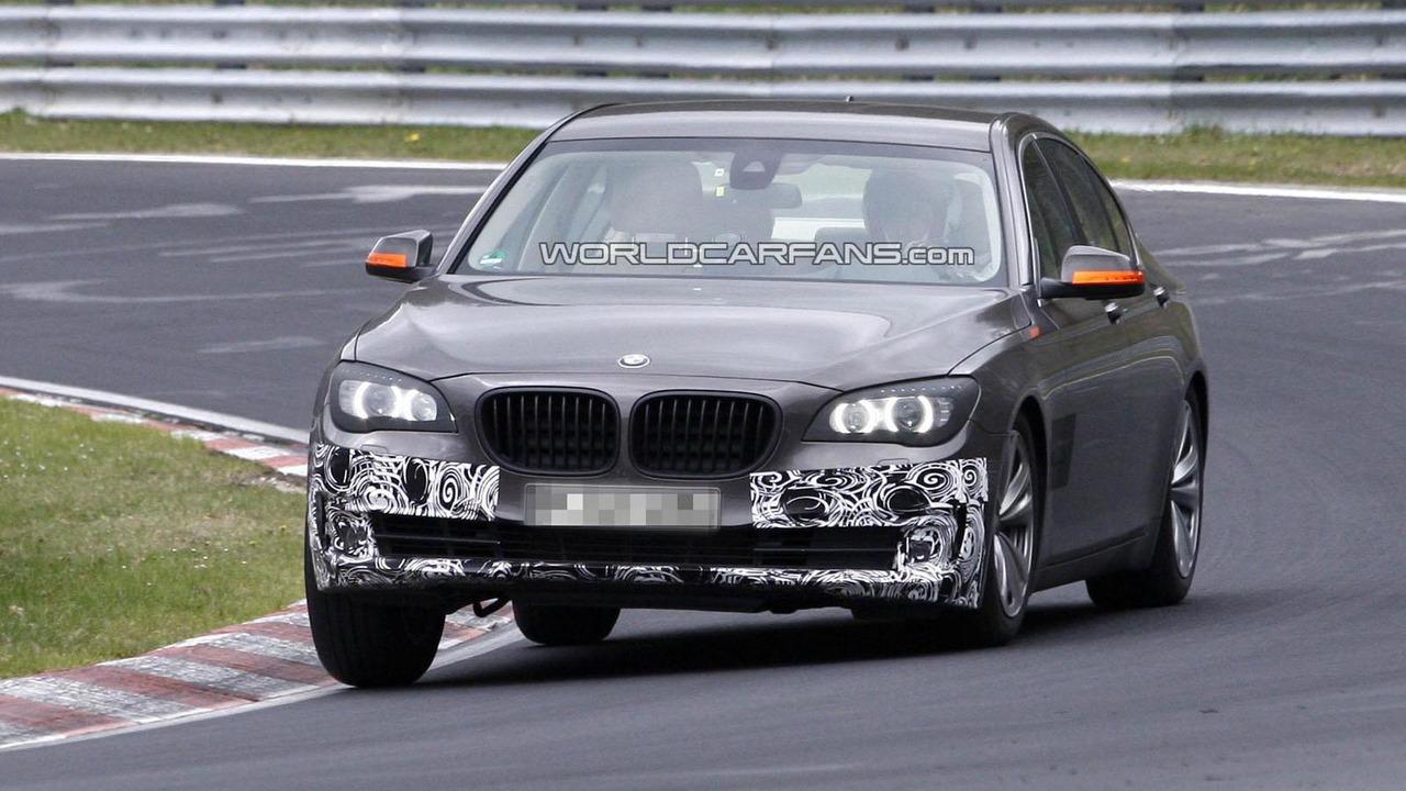 2013 BMW 7-Series facelift spy photo 18.4.2012