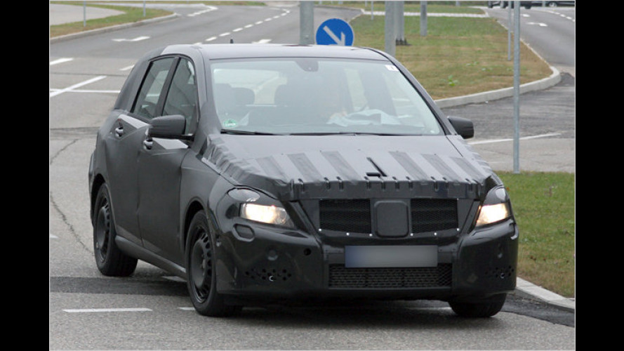 Länger, aber weniger hoch: Die neue Mercedes B-Klasse