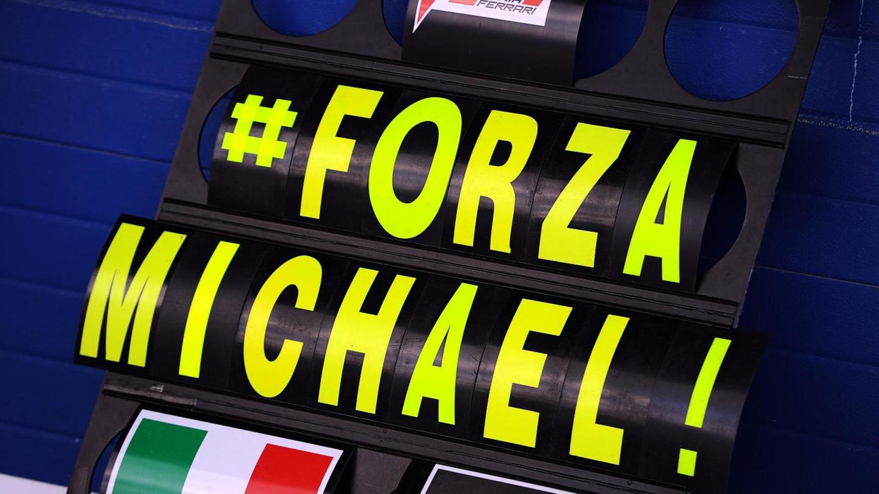 A Ferrari pit board showing support for Michael Schumacher 29.01.2014. Formula One Testing Jerez Spain