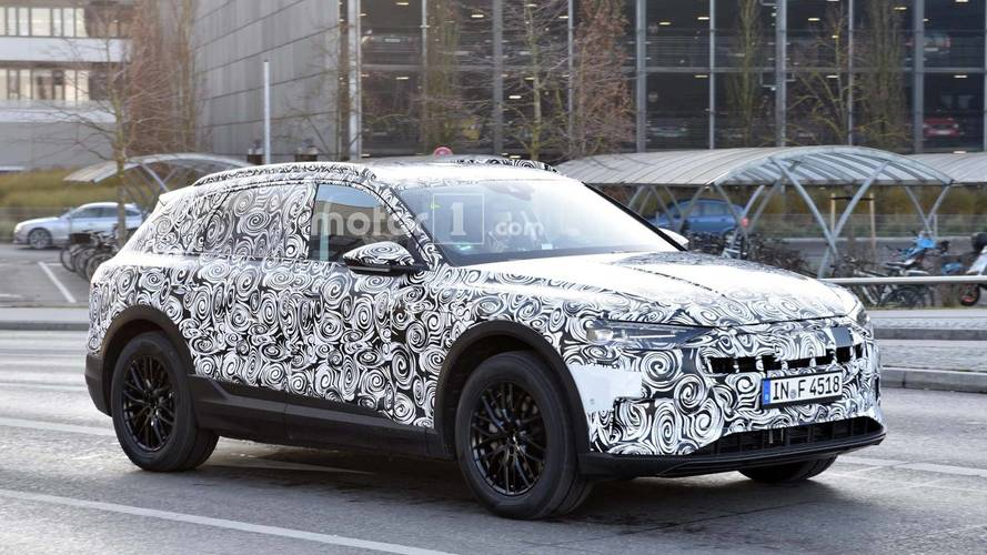 Audi E-Tron Spy Photos