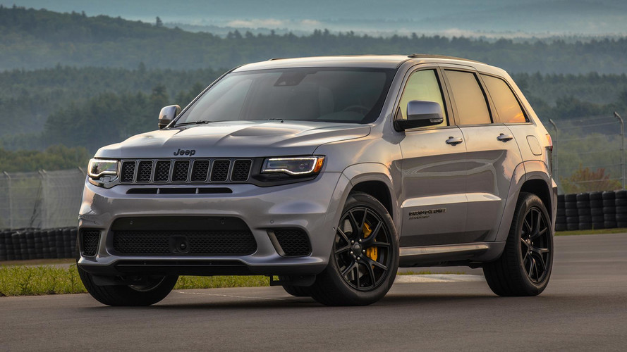 2018 Jeep Grand Cherokee Trackhawk First Drive Motor1 Com Photos