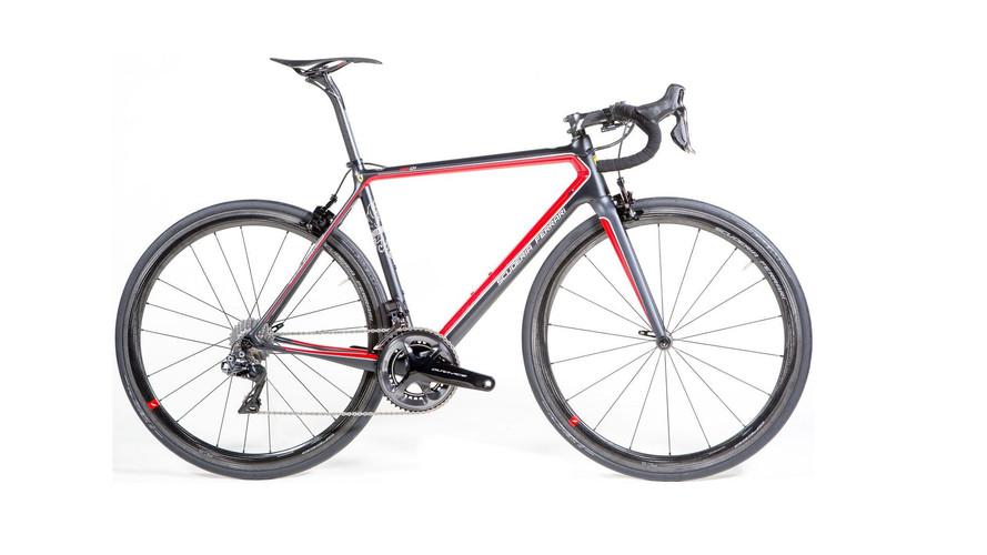 $18,000 Bianchi Ferrari Road Bike Is Inspired By F1 Cars