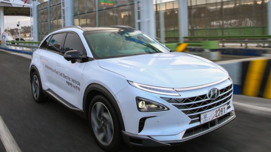 Hyundai Nexo, guida (quasi) autonoma, a idrogeno