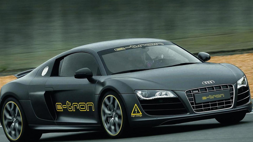 Audi R8 e-tron market launch in 2012 [video]