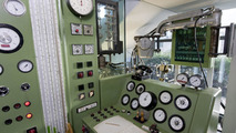 Historic Mercedes-Benz engine test bench - meters and gauges 07.05.2010