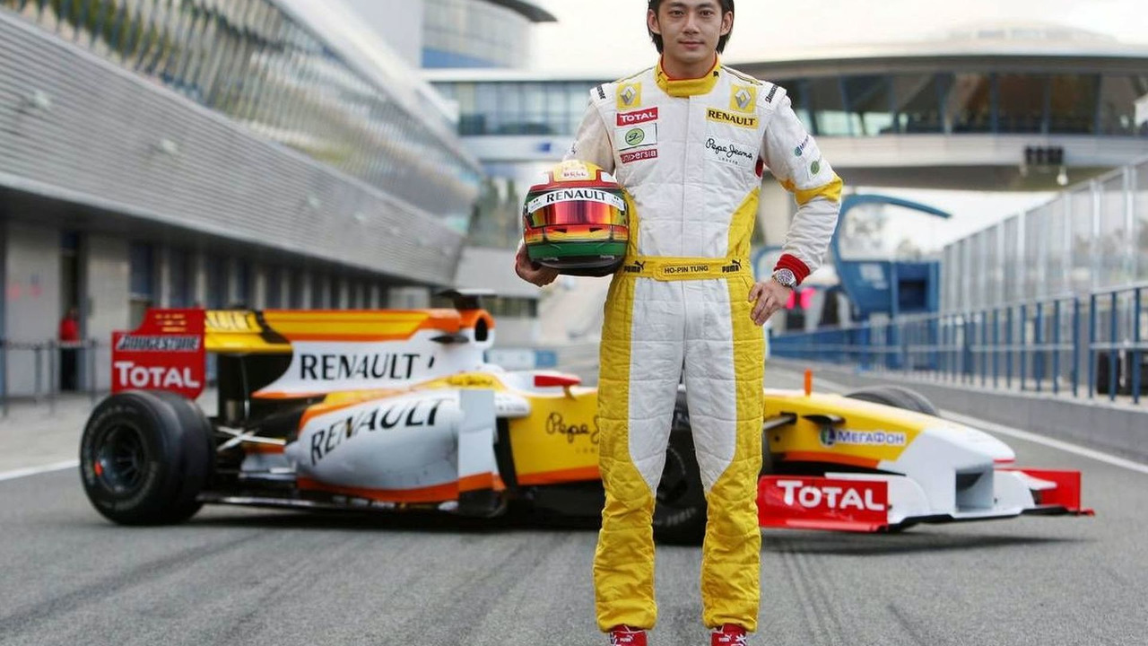 Ho-Pin Tung (CHN) Tests for the Renault F1 Team, 02.12.2009 Jerez, Spain