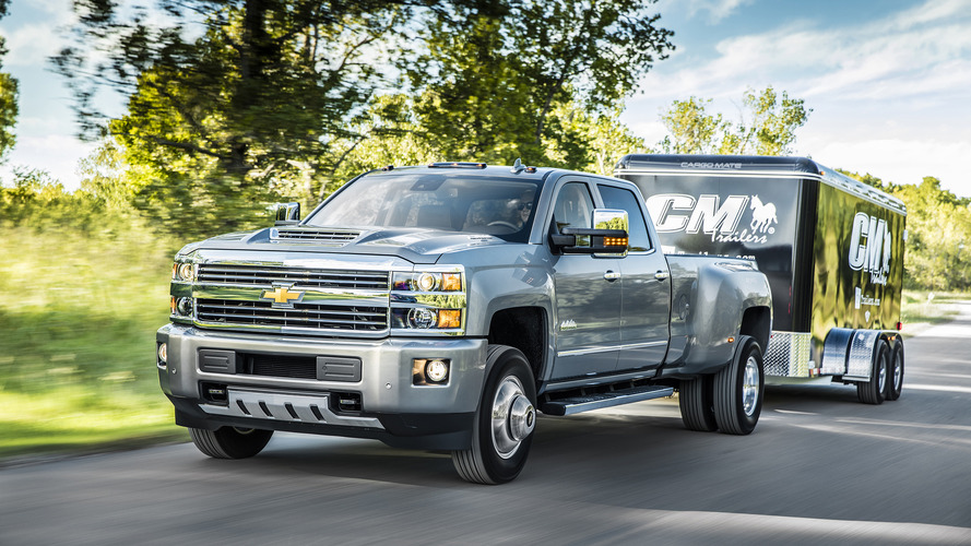 2017 Chevy Silverado HD gets new Duramax V8 with 910 lb-ft of torque