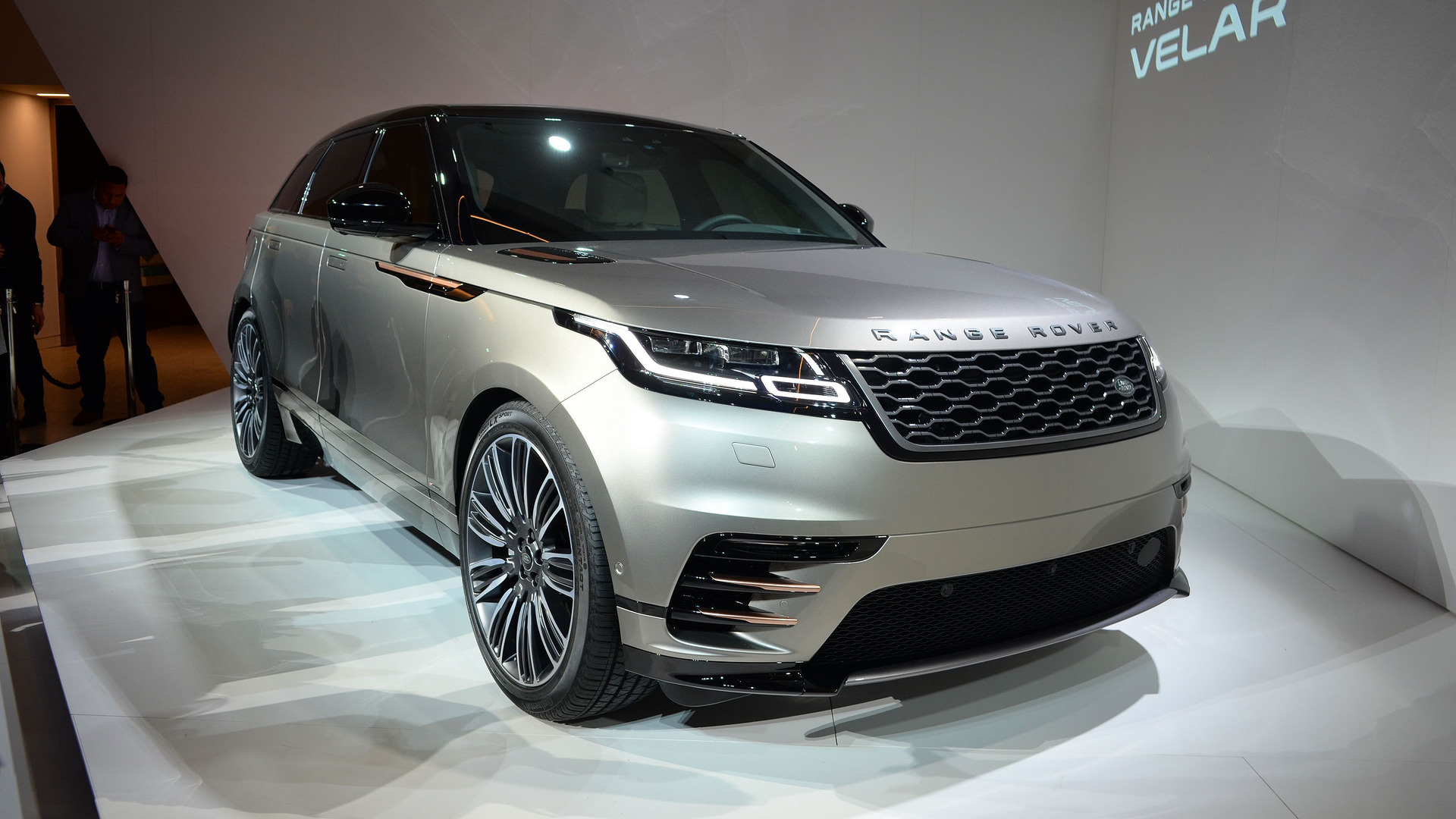 land rover range rover velar coupe suv arrives this summer for 50 895. Black Bedroom Furniture Sets. Home Design Ideas