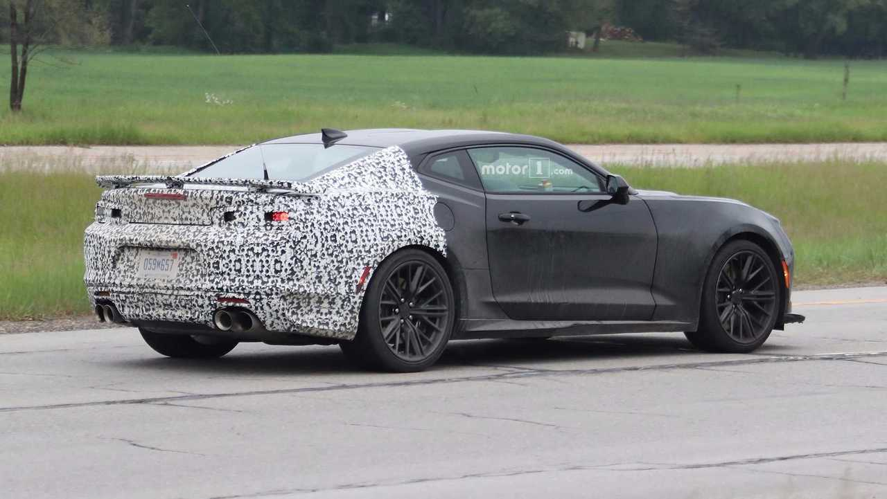 Entire 2019 Camaro Lineup Spied Including New Zl1 51 Photos