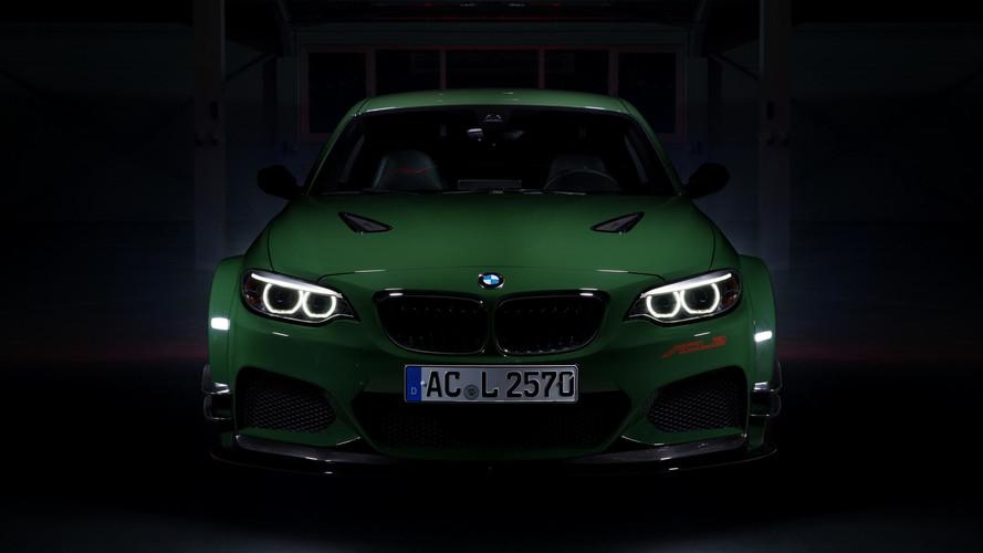 570 bg'lik bu M235i, Nürburgring'in en hızlı yola uygun BMW'si