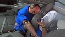 A falta de uso de cinto de segurança na traseira