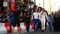 Marcus Ericsson, Sauber, Jolyon Palmer, Renault Sport F1 Team