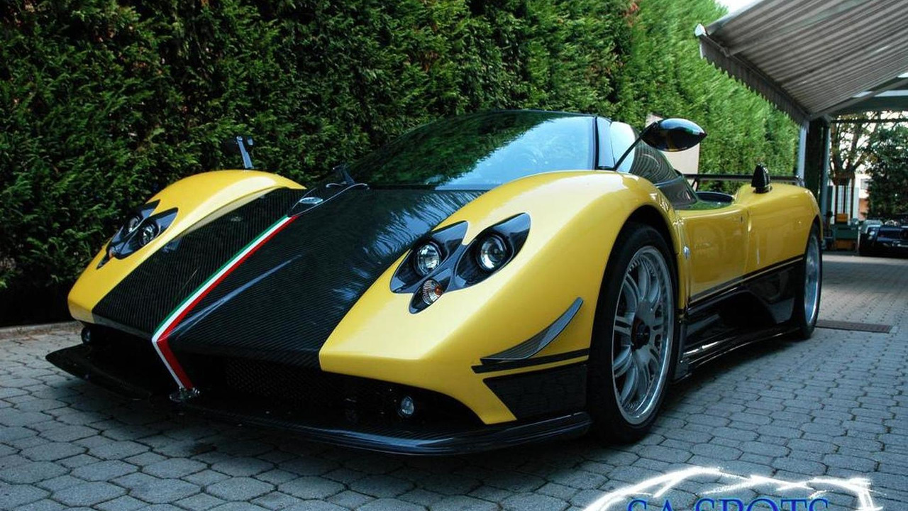pagani zonda hh rendered plus cinque roadster 4 5 video. Black Bedroom Furniture Sets. Home Design Ideas