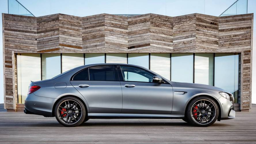 2017 mercedes amg e63 s first drive photos. Black Bedroom Furniture Sets. Home Design Ideas