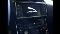 Jaguar lança XE no Brasil a partir de R$ 169.900 - sedã é rival de Série 3 e Classe C