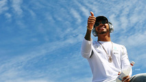 Lewis Hamilton, Mercedes AMG F1 sürücüler geçidinde