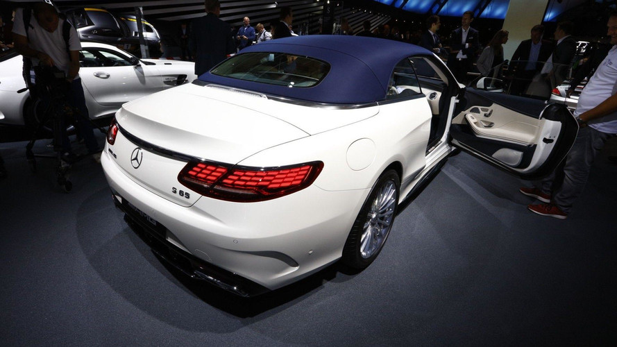 Mercedes S-Class Coupe, Cabrio Bring Their OLEDs To Frankfurt