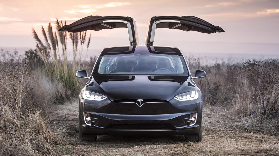 Whoa, Tesla's Autopilot just drove a guy to the hospital
