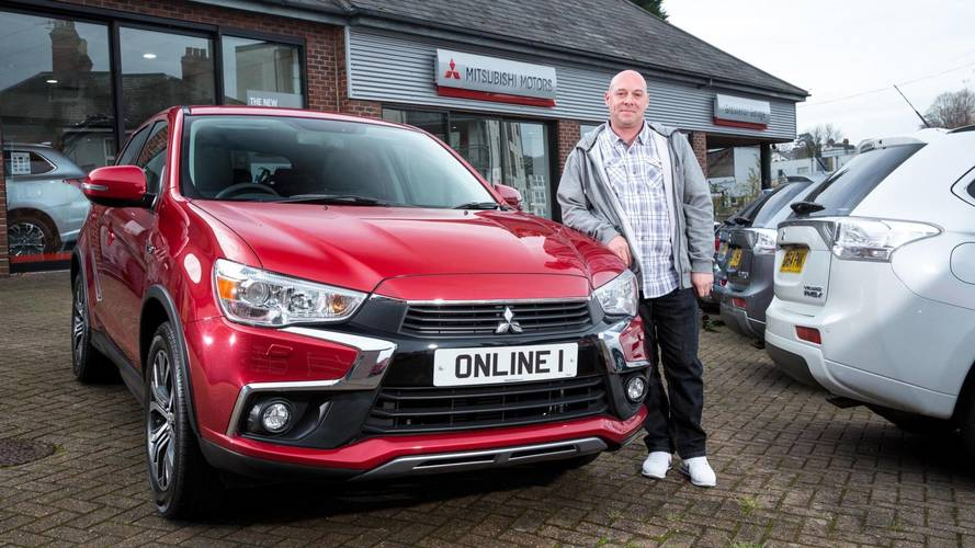 Man orders Mitsubishi on his phone, it turns up three weeks later