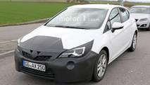 Makyajlı Opel Astra casus fotoğraf