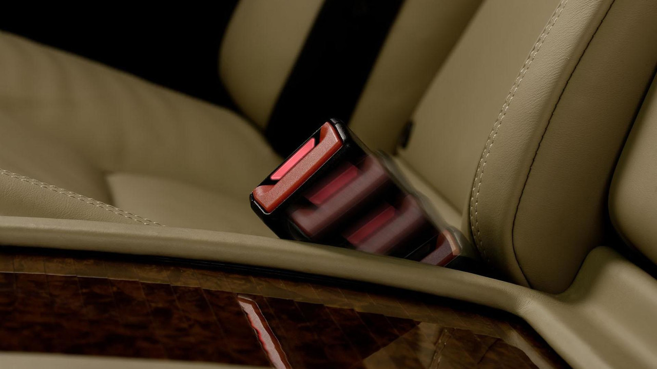 Mercedes active seat-belt buckle technology 07.2.2012