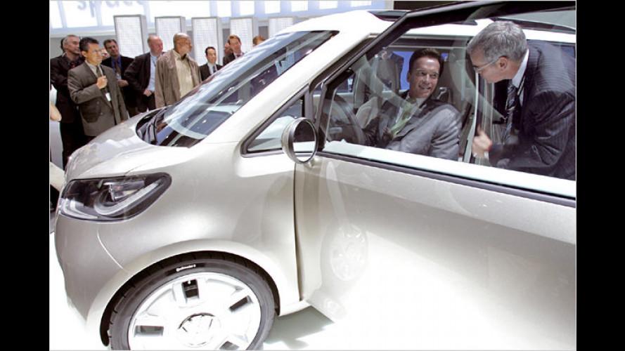 Arnie bei VW und Porsche auf der Los Angeles Auto Show
