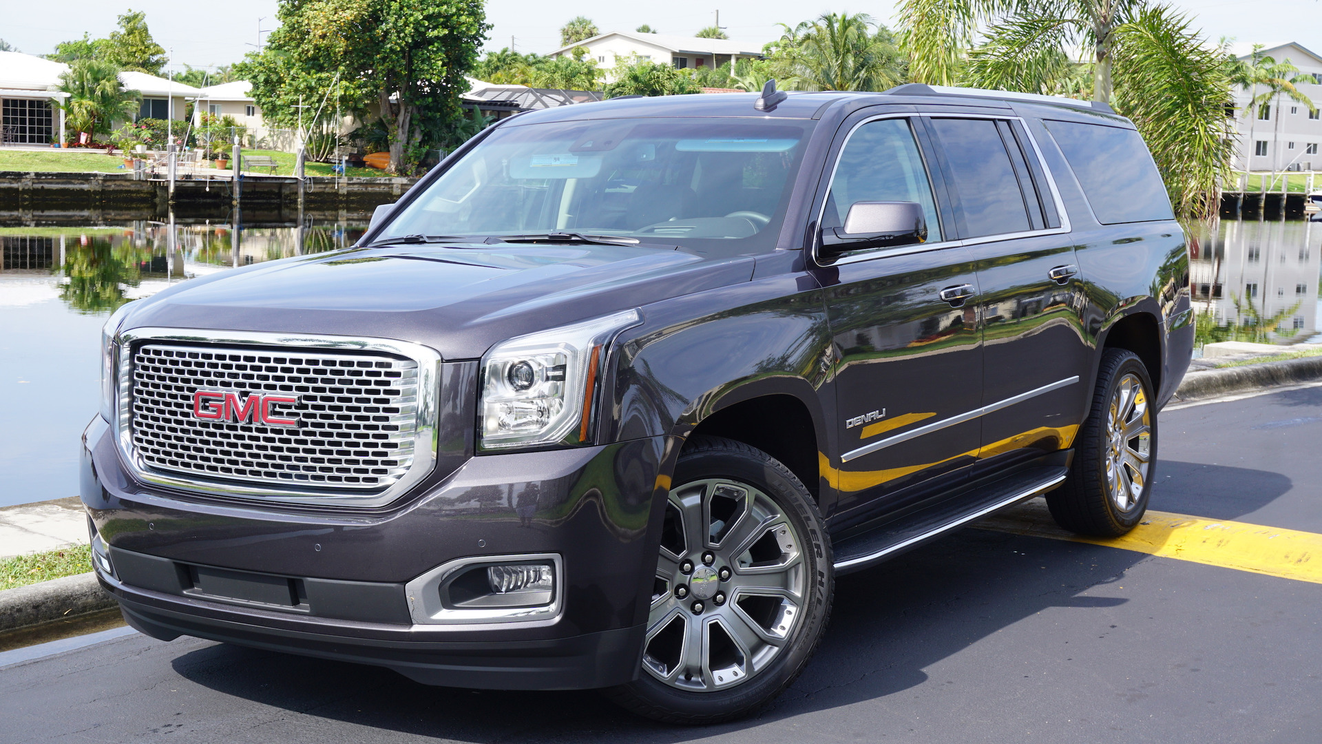 gmc for yukon the grille strut debuts collection denali