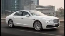 Bentley tira sarro da Ford e diz que conceito Continental é cópia do Flying Spur