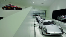 Porsche Museum exhibition: Porsche 904 Carrera GTS, 1964 (right) and Porsche 911 Carrera 'Biggibilla', 1999 (top left)