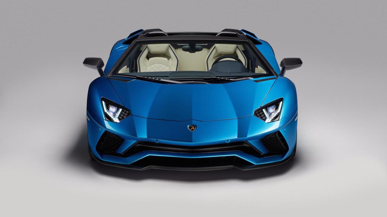 Lamborghini Aventador S Roadster 2018