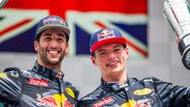 Ricciardo - Verstappen m'a aidé à élever mon niveau