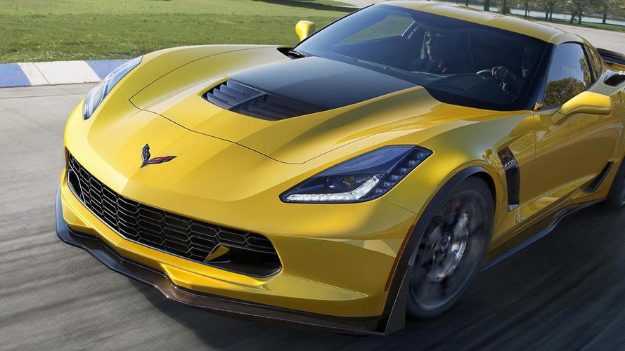 2015 Corvette Z06 rockets to 0-60 mph in less than 3 seconds