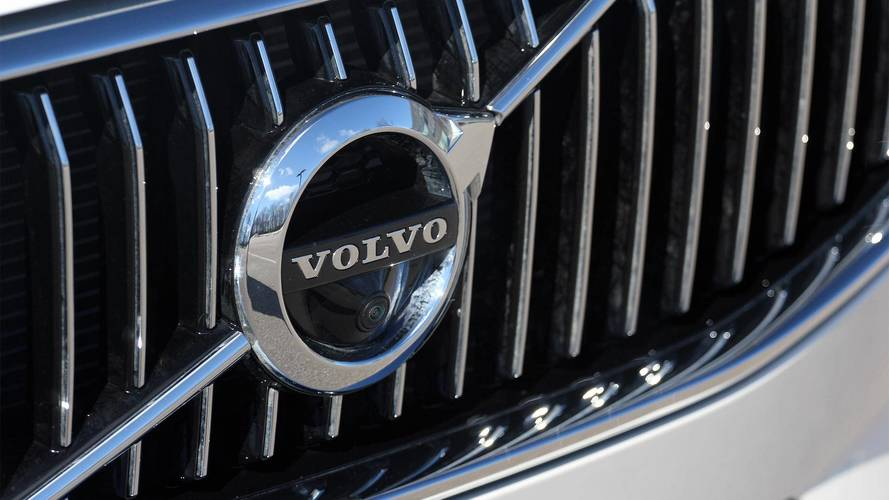 Volvo XC60 B4, B5 Trademarks Could Hint At EV Versions