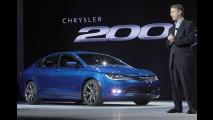 Novo Chrysler 200 recebe mais de 10 mil encomendas no primeiro dia de vendas