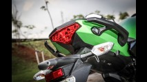 Avaliação: Honda CB 500F e Kawasaki ER-6n travam combate das médio-ligeiras