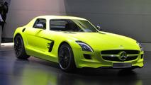 Mercedes SLS AMG E-Cell prototype at 2011 NAIAS