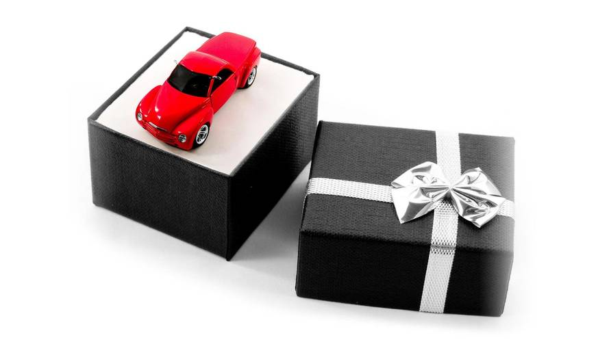 Don't Buy These 9 Car Gifts For Your Favorite Gear Head