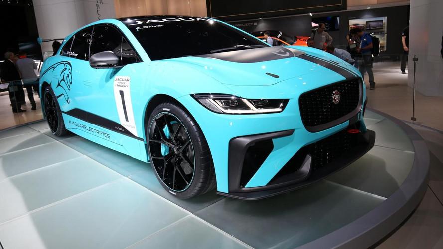 le jaguar i pace se mue en voiture de course. Black Bedroom Furniture Sets. Home Design Ideas