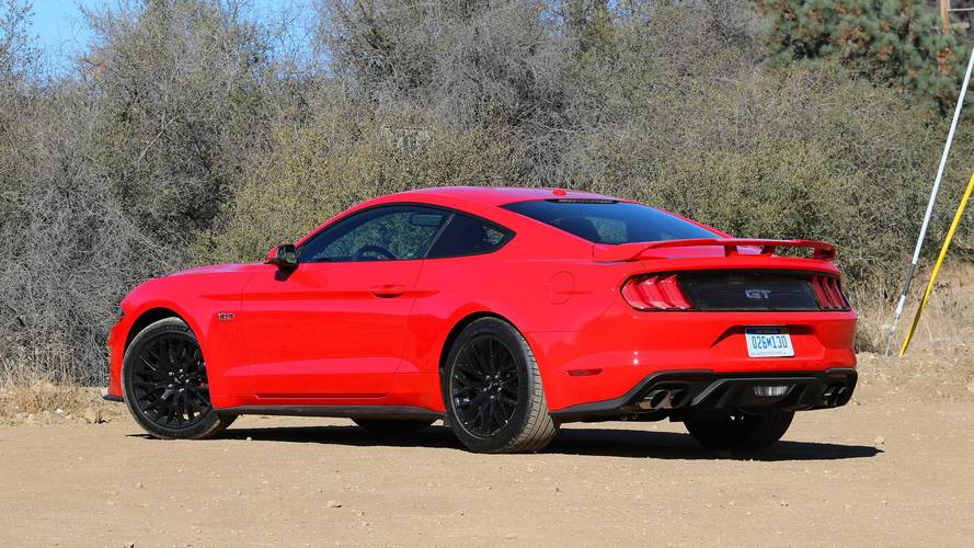 ford mustang  drive     pony car