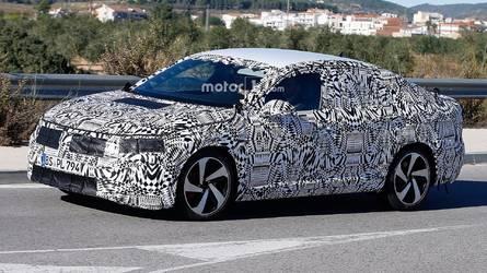 Flagra - Novo VW Jetta usa camuflagem pesada antes do lançamento