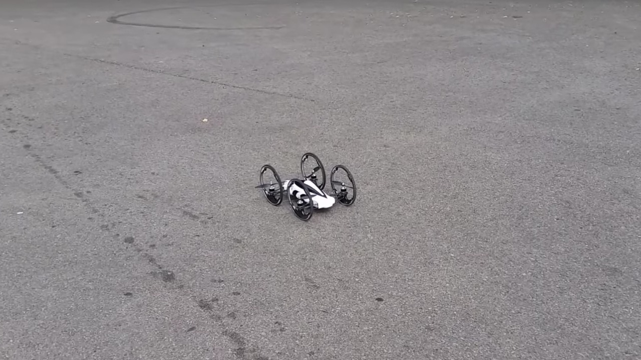 Hem havada hem karada gidebilen drone